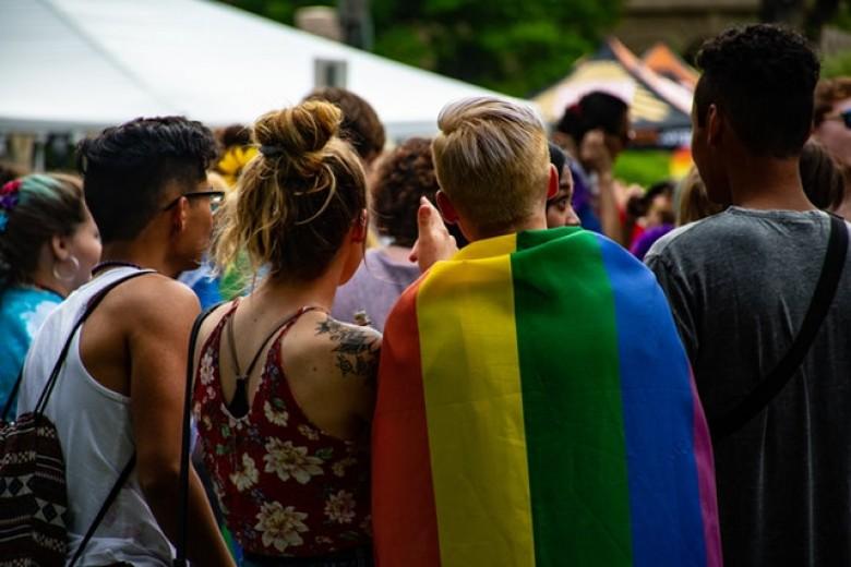 Buone pratiche di accoglienza dei migranti LGBT in Piemonte. Dove inizia l'arcobaleno