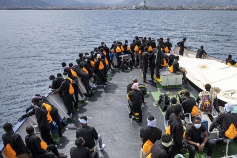 Sbarchi e richieste di asilo nell'anno della pandemia: cosa ci dicono i dati